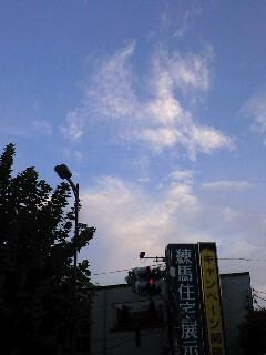 朝6時の空