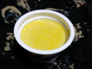 黄色がキレイな手作りカボチャプリン!