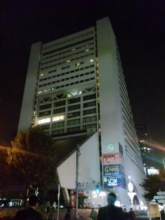 中野駅北口から