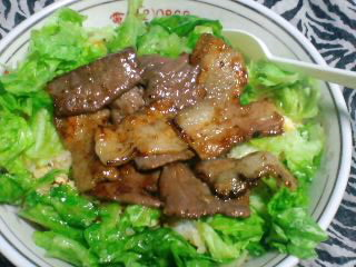 焼き肉レタス丼