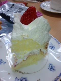 誕生日ケーキ、おすそ分け