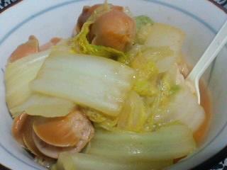 白菜鍋、下にはご飯が隠れてます