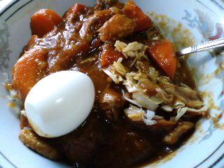 七夕の朝カレー、キャベツとゆで卵